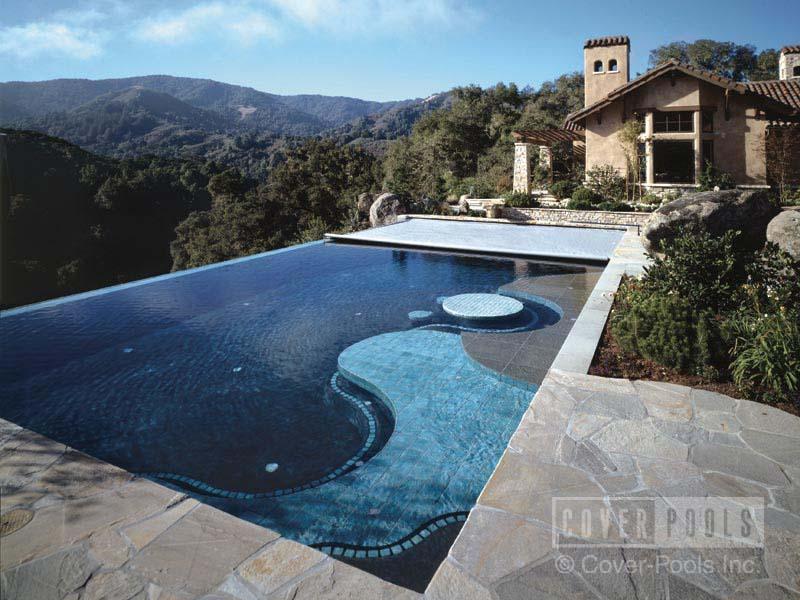 Piscines memphr piscine creus e for Construction piscine creusee